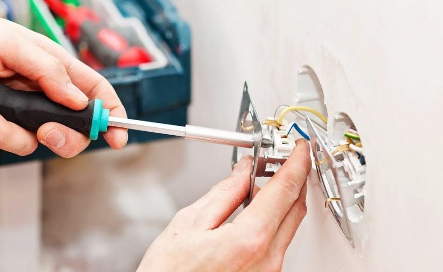Как правильно выбрать места под розетки при ремонте?